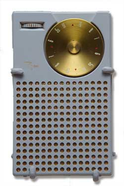 Collectible Transistor Radios – Still Hot!